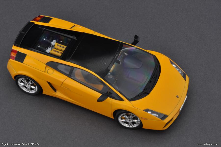 Fujimi Lamborghini Gallardo Se 1 24 Scale Model Kit