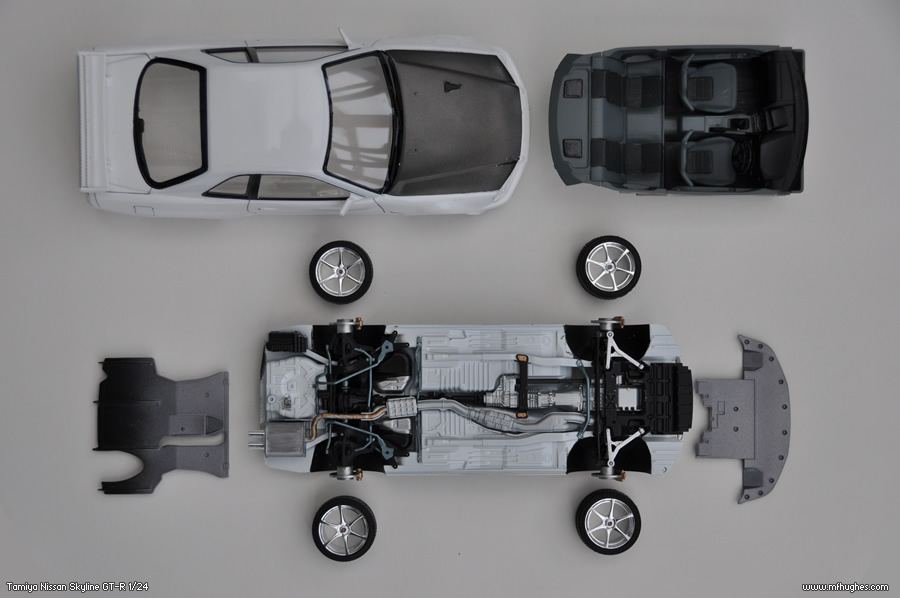 Tamiya Nissan Skyline Gt R R34 Scale Model Kit Photographs